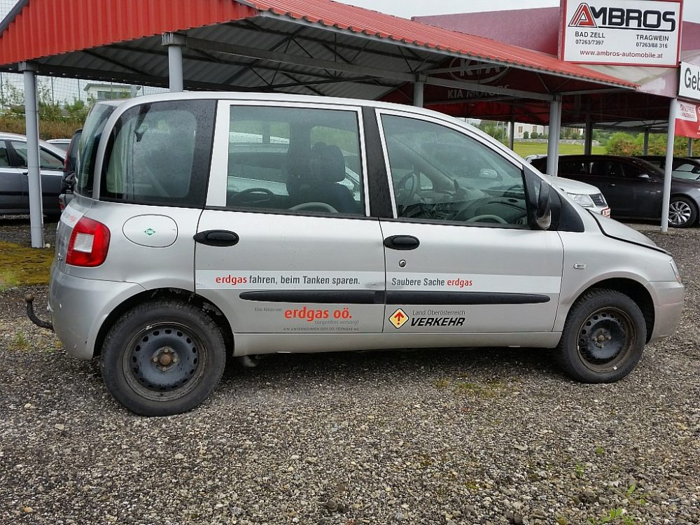 425870_1406303512072_slide bei Ambros Automobile – Tragwein – Bad Zell in
