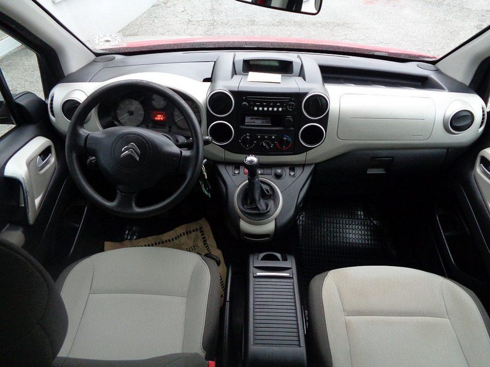 526262_1406430542959_slide bei Ambros Automobile – Tragwein – Bad Zell in