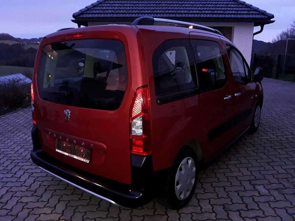 534380_1406436048407_slide bei Ambros Automobile – Tragwein – Bad Zell in