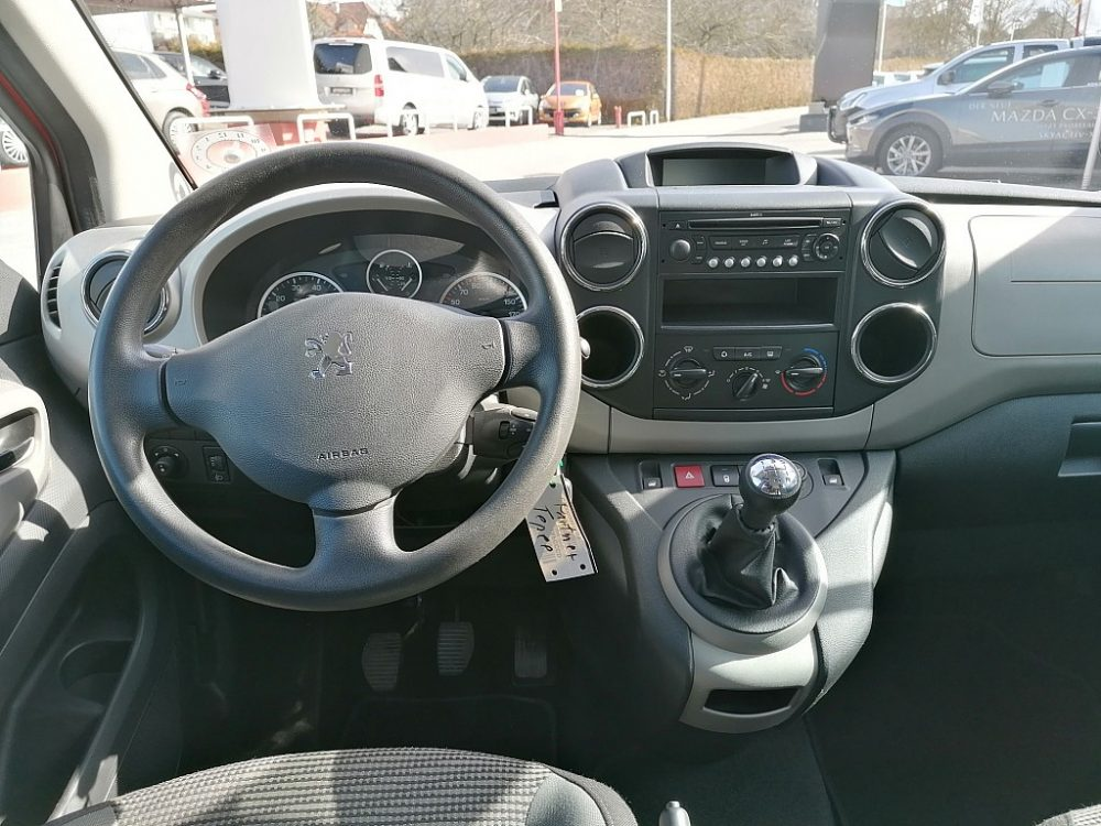 534380_1406445870813_slide bei Ambros Automobile – Tragwein – Bad Zell in