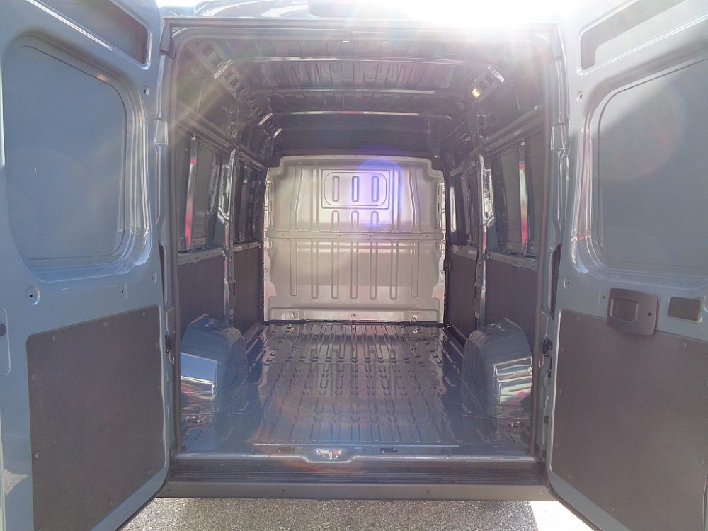 666049_1406502038617_slide bei Ambros Automobile – Tragwein – Bad Zell in